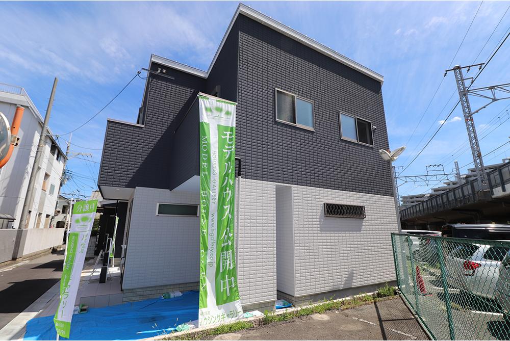東大阪市鴻池本町にハウジングギャラリーの新築一戸建て堂々分譲2